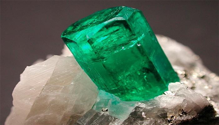 Время собирать камни: история добычи драгоценных минералов