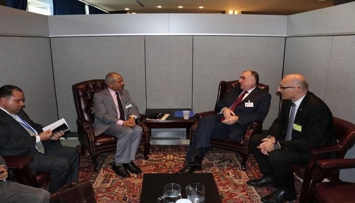 Эльмар Мамедъяров встретился в Нью-Йорке с главами МИД Лаоса, Непала и Шри-Ланкис
