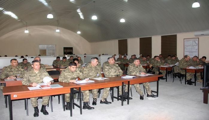 Azərbaycan ordusunun hərbi birlikləri qarşıya qoyulan vəzifələri icra edirlərn