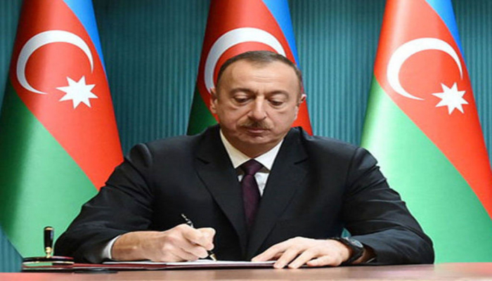 Prezident bir qrup mədəniyyət xadiminə fəxri adlar verdi