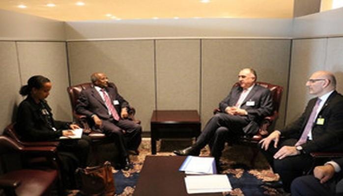 Эльмар Мамедъяров встретился с министрами иностранных дел Сьерра-Леоне и Эритреи