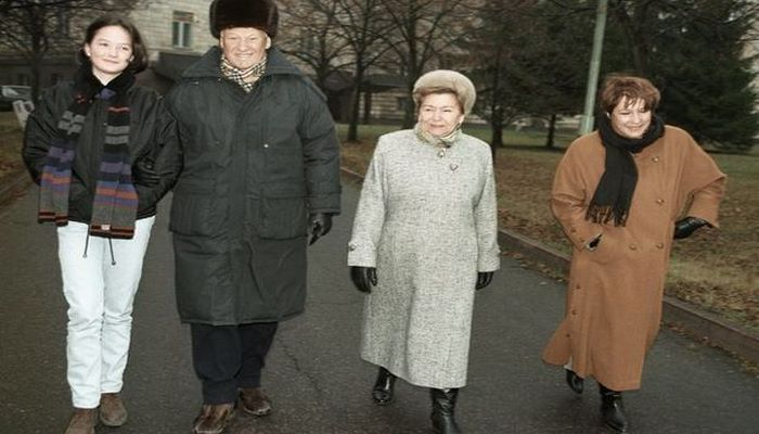 Где живут внуки Горбачева и Ельцина