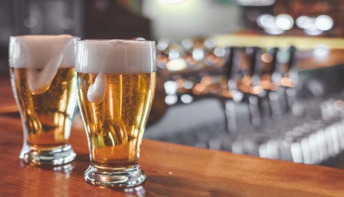 Rusiyada nazirlikdən təklif: Pivə spirtli içki sayılmasın