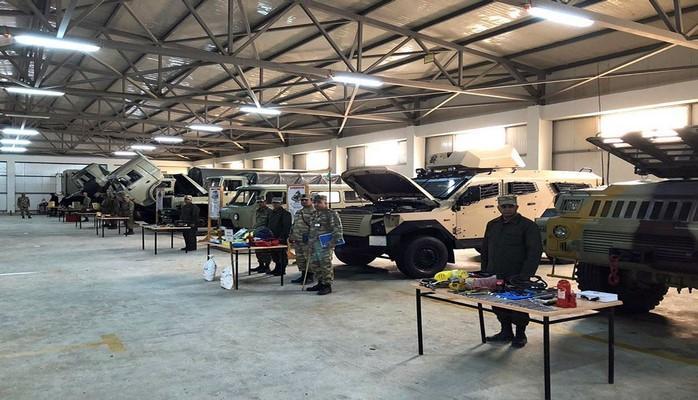 В азербайджанской армии вооружение и военная техника переводятся на зимний режим эксплуатации