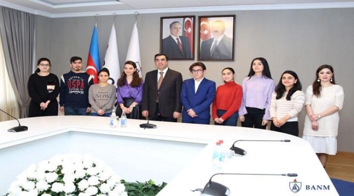 Шесть студентов Бакинской Высшей Школы Нефти будут обучаться в Испании