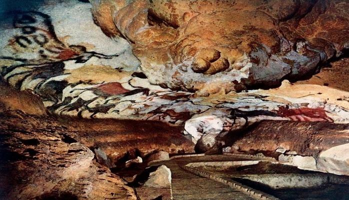 Почему в уникальную пещеру Ласко перестали пускать туристов