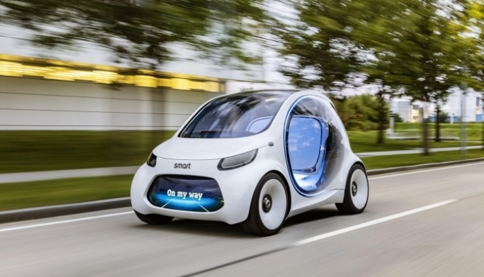 Smart gələcəyin avtomobilini hazırladı: sükansız və pedalsız
