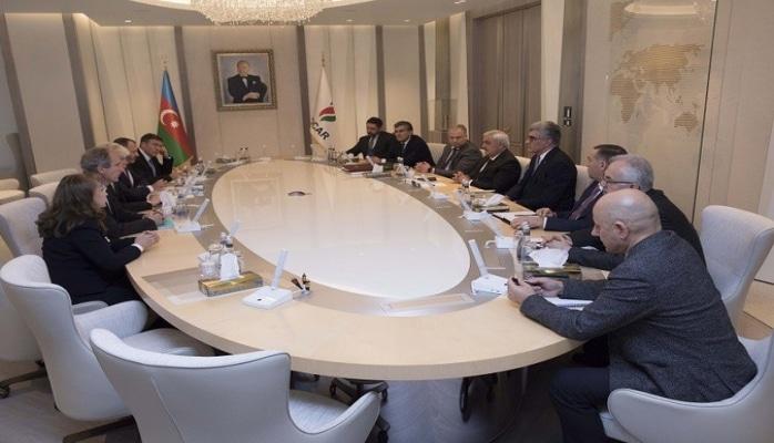 SOCAR prezidenti TOTAL-ın hasilat üzrə prezidentini qəbul edib