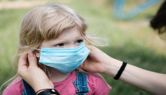 ÜST: 5 yaşından aşağı uşaqların maska taxmasına ehtiyac yoxdur