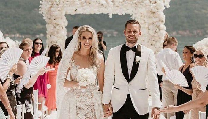 Сигурдссон женился на «Мисс Исландия» -