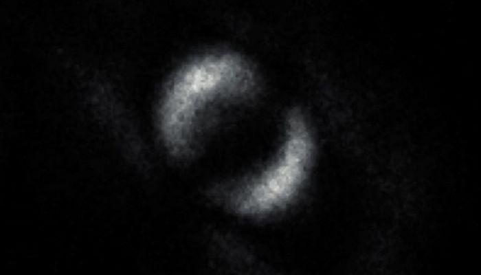 """Eynşteynin proqnozlaşdırdığı """"dolaşıq"""" hissəciyin ilk təsviri alınıb"""