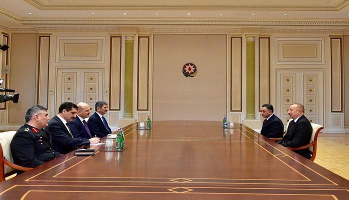 Президент Ильхам Алиев принял министра внутренних дел Турции