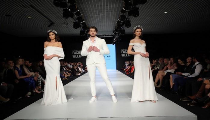 Norveçli modelyer podiumda Qarabağ həqiqətlərini göstərib