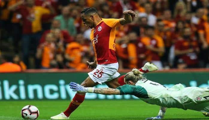"""""""Qalatasaray""""ın futbolçusu """"Sevilya""""ya keçir - rəsmi"""
