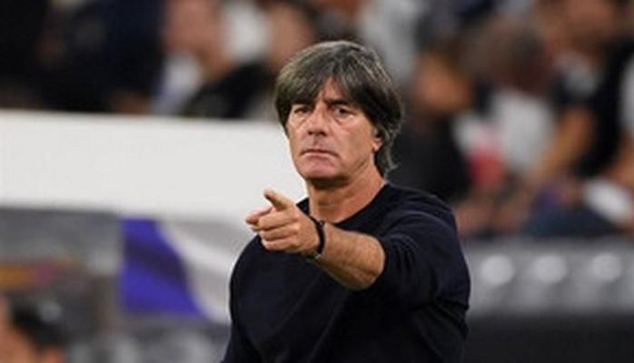 Лёв повторил рекорд по числу игр в роли главного тренера сборной Германии