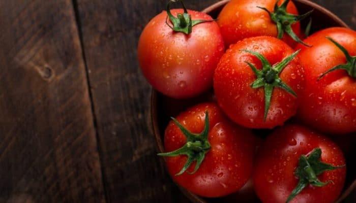 Специалисты развенчали миф об опасных томатах