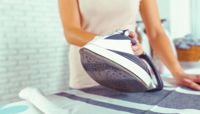 Найден способ разгладить одежду без утюга