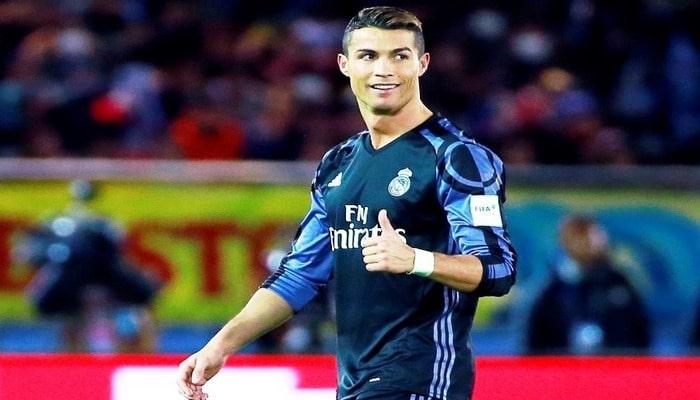 Криштиану Роналду забил в тысячном матче в карьере