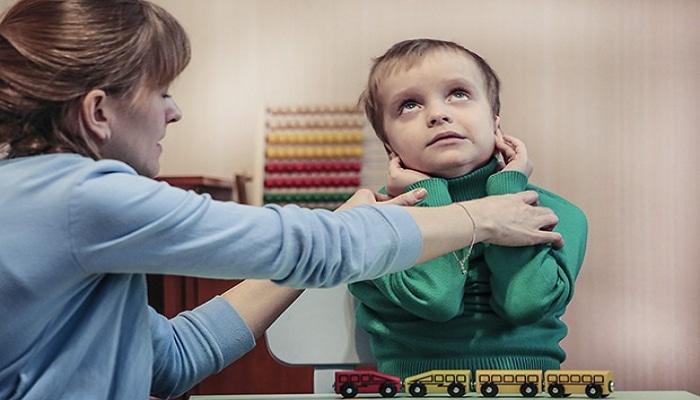 В Азербайджане необходимо расширить возможности интеграции в общество детей с аутизмом - замминистра