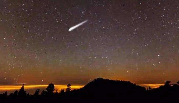 Почему с неба падают звёзды