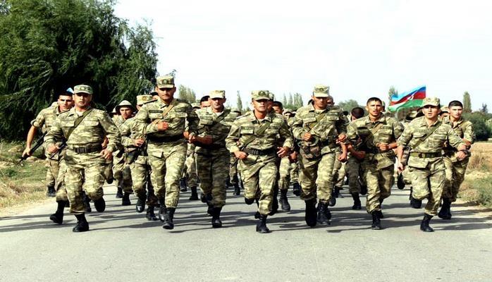 Azərbaycan Ordusunda sıçrayış marşı üzrə yarışlar keçirilir