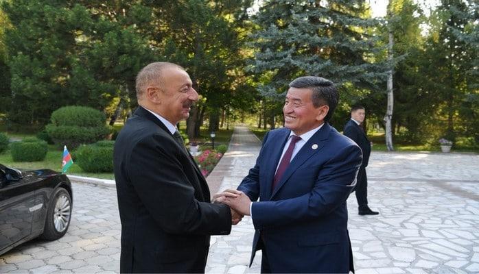 Состоялась встреча Президента Азербайджана Ильхама Алиева с Президентом Кыргызстана Сооронбаем Жээнбековым