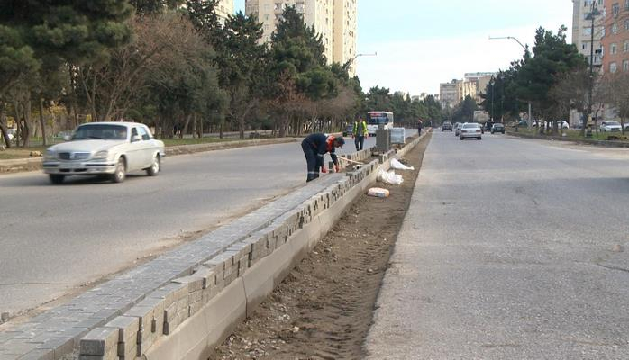 Реконструируются улицы в Хатаинском районе Баку