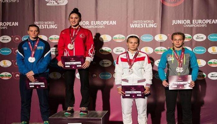 Güləşçimiz Avropa çempionatında medal qazanıb