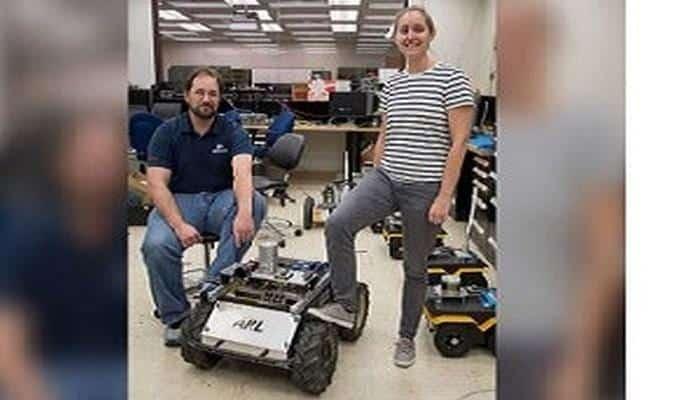Təlimli robotlar hərbçilərə kömək edəcək