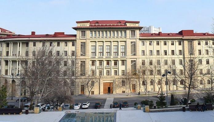 Новруз Мамедов освободил от занимаемых должностей двух заведующих отделами Кабмина