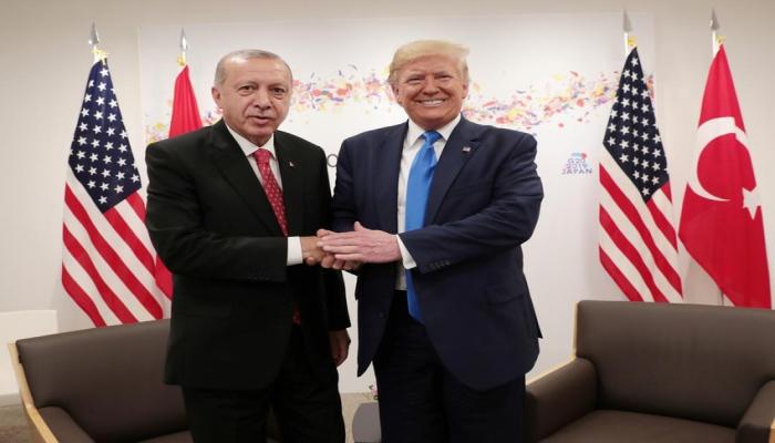 Эрдоган и Трамп обсудили по телефону ситуацию в Восточном Средиземноморье