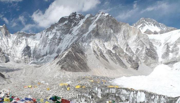 Everest'te büyüyen 'insani' tehlike!