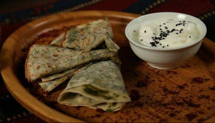 Another masterpiece of Azerbaijan's cuisine: yummy Qutab