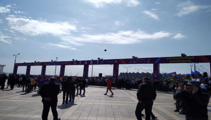 """Heydər Əliyev Fondunun təşkilatçılığı ilə """"Bakı Marafonu 2019"""" start götürüb"""