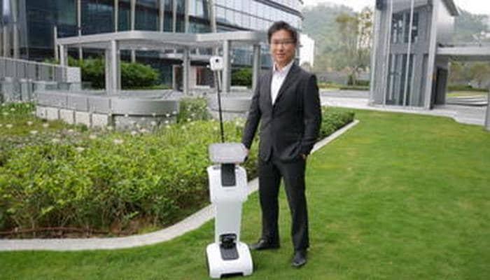 Коронавирус привел роботов на смену людям