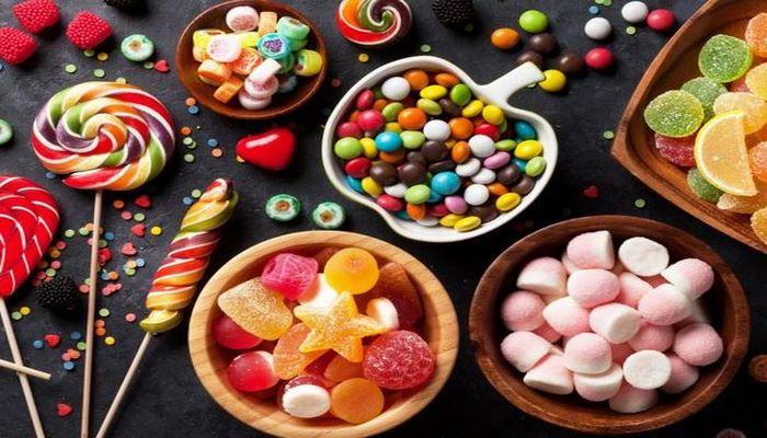 Диетологи рассказали, как правильно отказываться от сахара