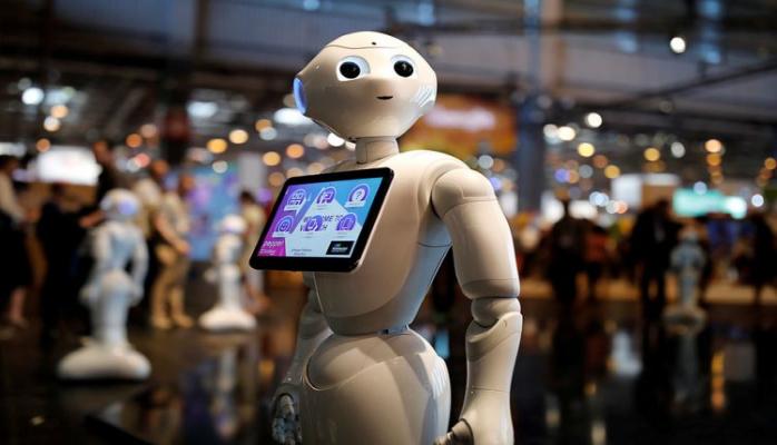 Dünyanın ən məşhur robotları Bakıya gələcək