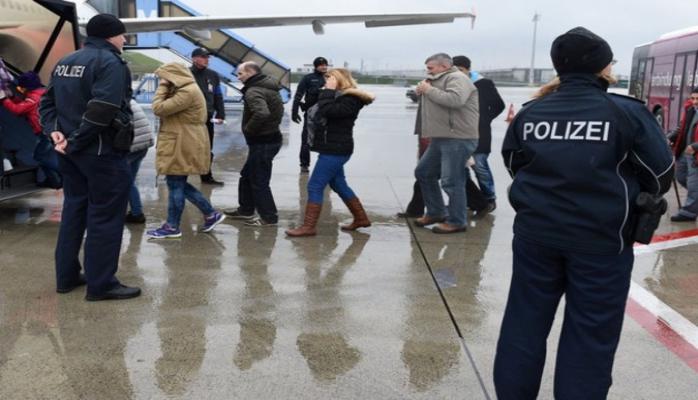 Из Германии в Азербайджан депортирован 61 гражданин
