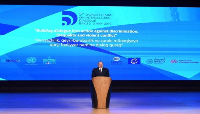Prezident İlham Əliyev: 'Qarabağ münaqişəsinin yaratdığı problemlərə baxmayaraq Azərbaycan sürətlə inkişaf edir'