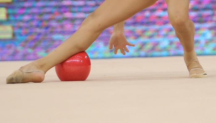 Определились финалистки Чемпионата мира по художественной гимнастике в упражнениях с мячом
