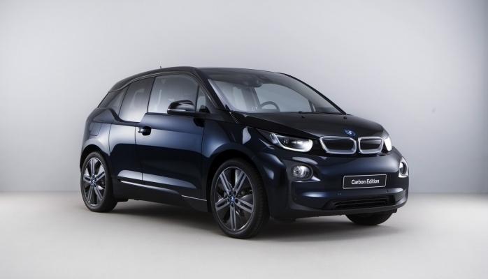 Nəsillərin döyüşü: elektromobil BMW i3s Dodge Charger-ə qarşı