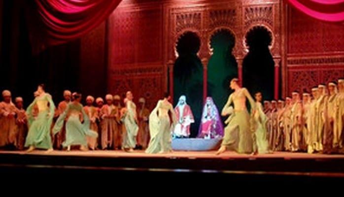 """Театр оперы и балета откроет сезон постановкой """"Лейли и Меджнун"""""""