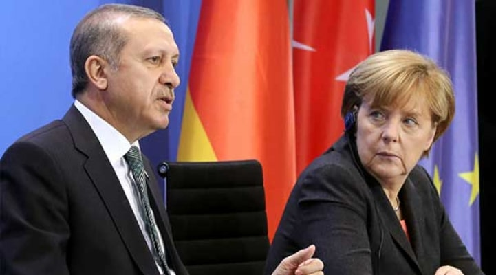 Ərdoğan tələb etdi, Merkel razılaşdı - Afinaya zərbə