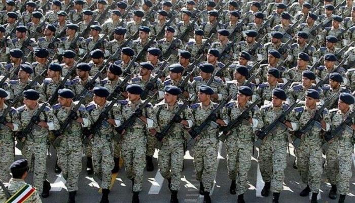 В Иране отменен  военный парад