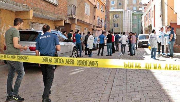 Türkiyədə bir polis şəhid olub