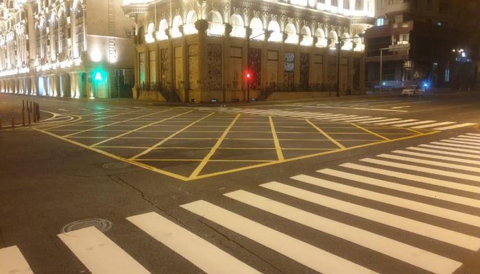 Сегодня вечером на центральных улицах Баку будет нанесена желтая «вафельная» сетка