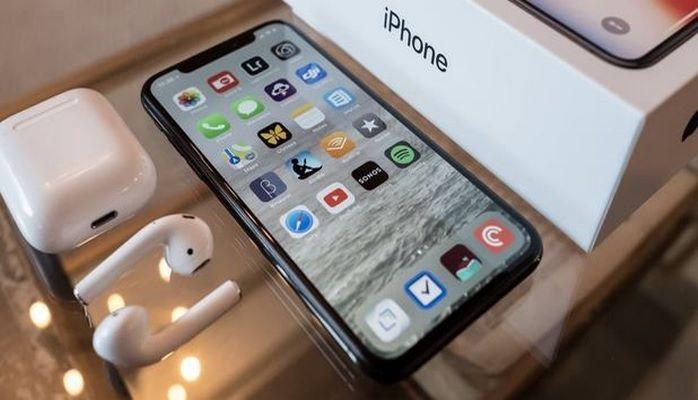 """""""Apple"""" yeni """"iPhone"""" təqdim edəcək"""