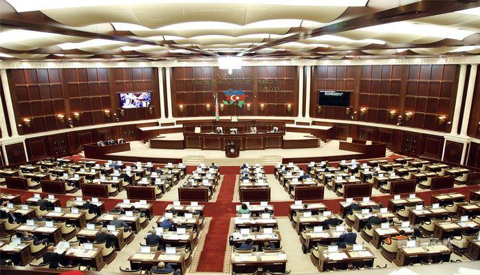 Эльман Мамедов выступил с критикой в адрес членов правительства