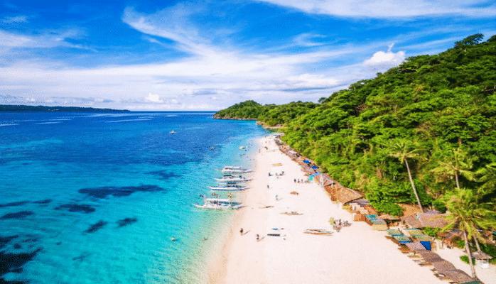 Мусорная свалка стала раем на Земле: на Филиппинах открыли для туристов остров Боракай