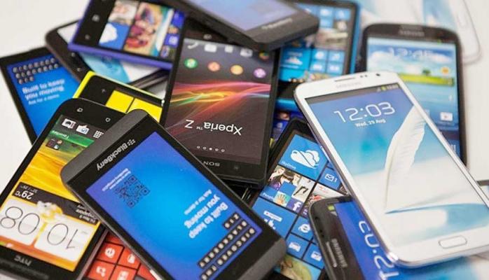 Ən çox satılan smartfonların TOP 5-liyi